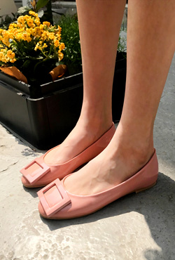Square Accent Glossy Ballet Flats