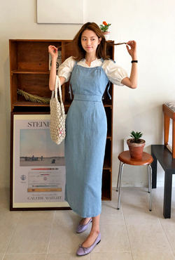 Sweetheart Neckline Denim Dress
