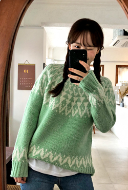 Patterned Woolen Sweater